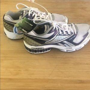 Reebok Trinity IV women's athletic shoes size 6.5